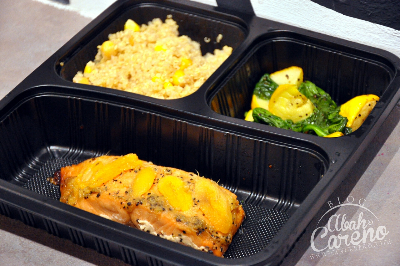Healthy 08 - Quinoa with Chickpeas & Corn, Apricot Ginger Salmon, Yellow ZUcchini & Baby Spinach (RM19.90)