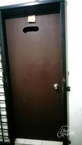 Tukar pintu jenis safety/security door untuk keselamatan keluarga.