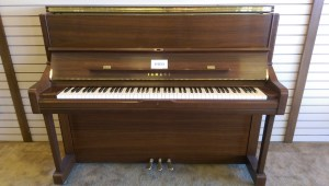 Yamaha Upright Front