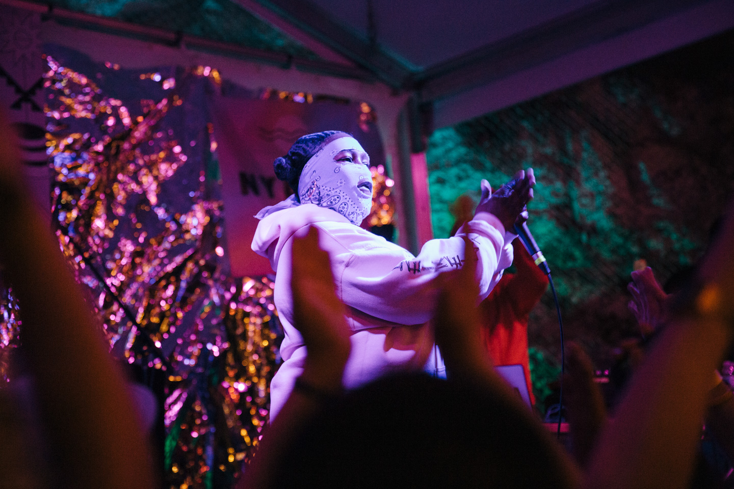 Leikeli47 at Cheer Up Charlie's