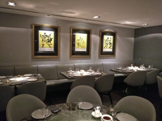 Lighting and seating at Royal China Restaurant Mumbai