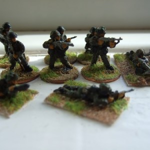 Pz grenadiers giving covering fire