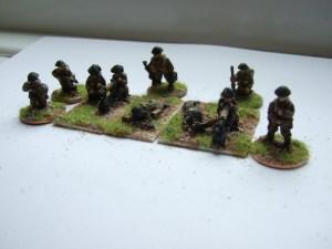 2x vickers MG teams firing