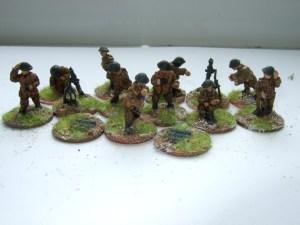 "2x 3"" mortar teams firing"