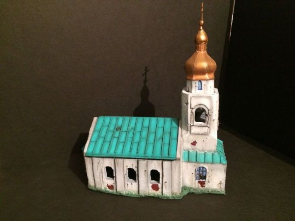 Russian Church: lift-off roof, separate tower roof.