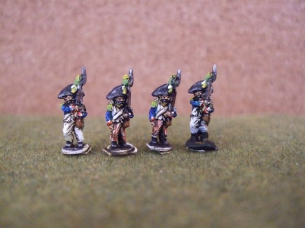 4 Voltigeurs marching bicorn, plume