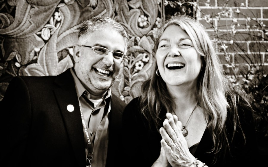 Andrew Lazo and Diana Glyer caught up in Andrew's wickedly funny sense of humour. Image (c) Lancia E. Smith