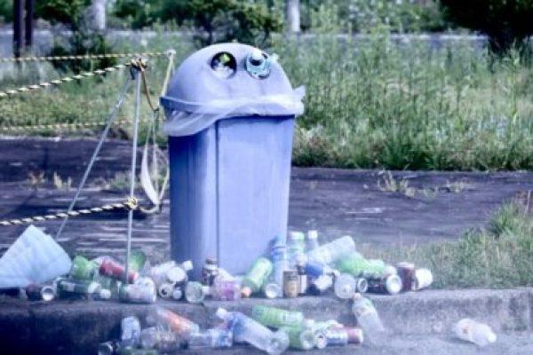 ゴミ箱はスタイリッシュさか使いやすさか?不動産屋が考える「美しく快適な住まい」