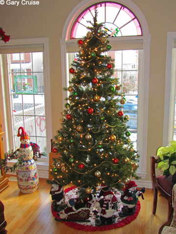 Our Disney Christmas Tree All Ears Guest Blog