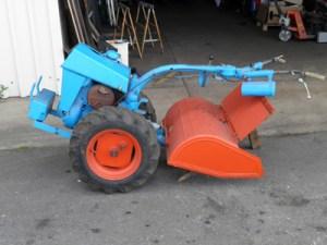 Ein-Achs-Traktor der Fa. Gutbrod