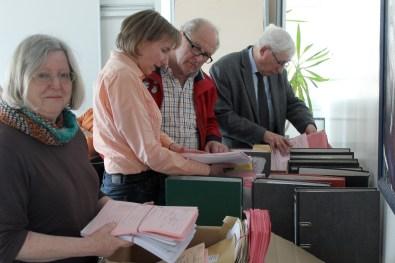 Wahlausschuss sichtet Unterlagen aus den Wahlbezirken 15 März 2016