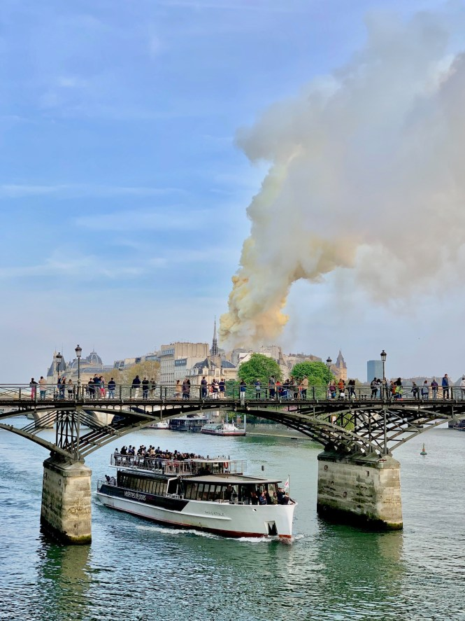 Start of the Notre Dame fire from the Seine