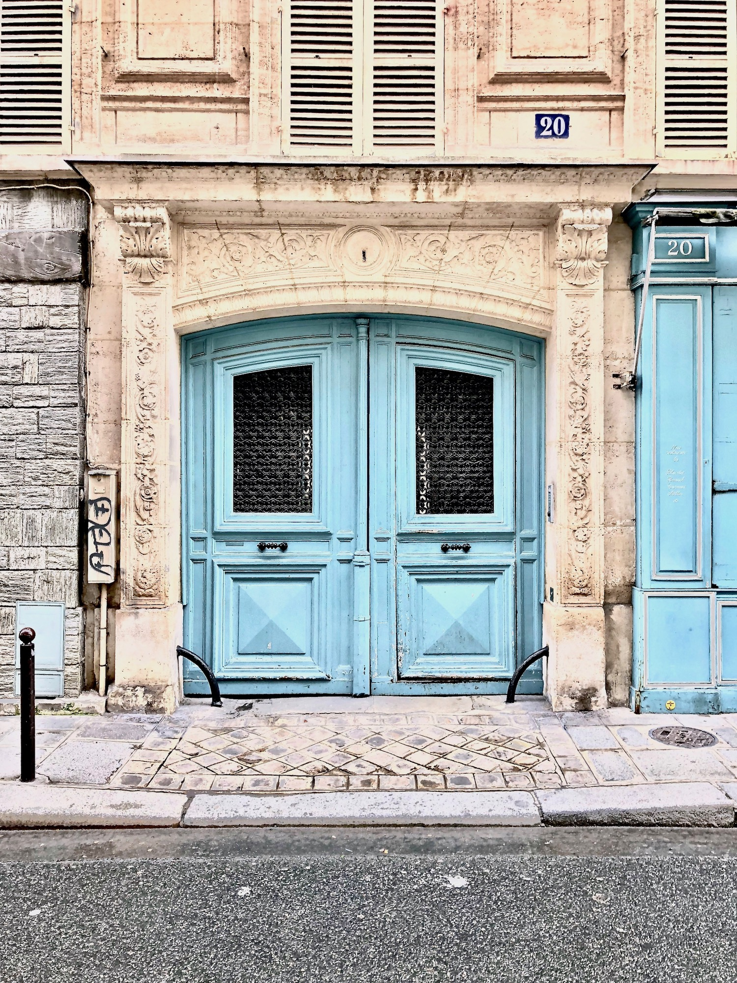 Blue Door in Paris. I can help you find all of the best and most photogenic doors in Paris through my bespoke travel planning services.