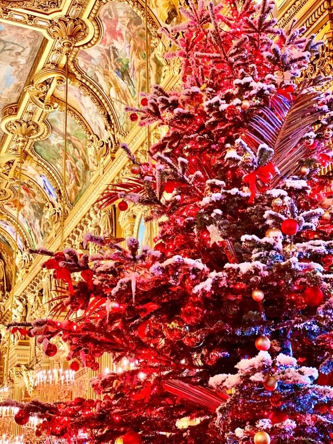 Best of 2019 Paris Christmas Tree