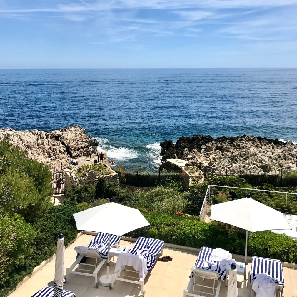 Summer in the French Riviera...is there anything better? As a luxury travel advisor I can help you find the best addresses.