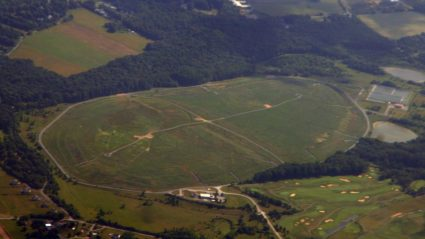 Image shows a landfill where these is no need evident for Landfill Gas Migration Control nor landfill gas testing methods.