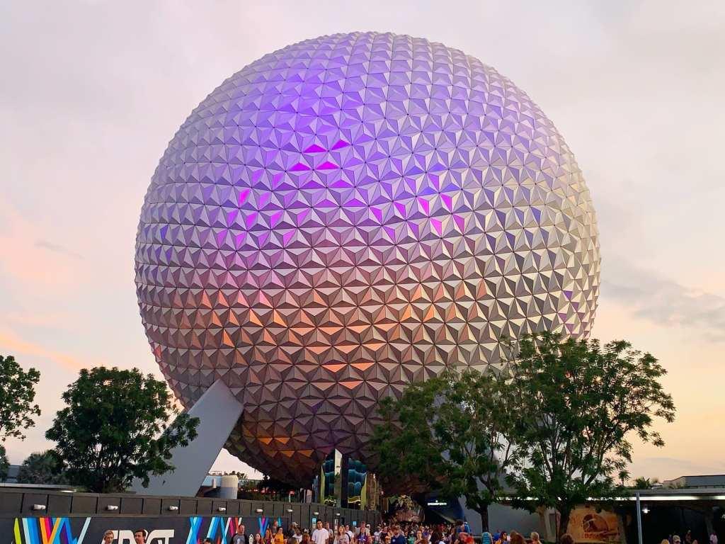 Comparing Disneyland & Walt Disney World: Honest Thoughts