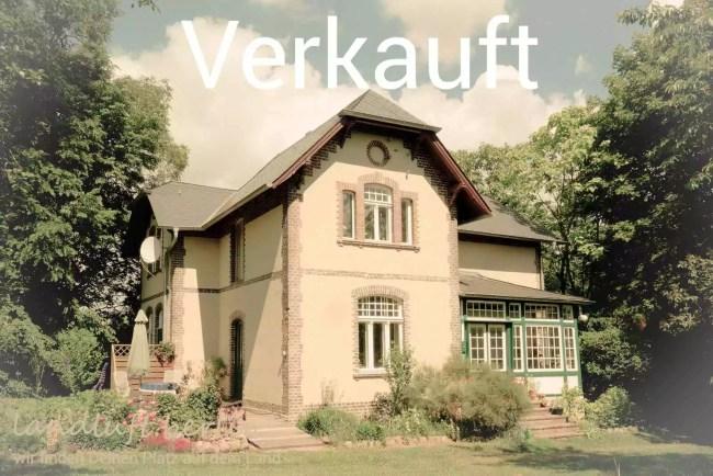 Kleine denkmalgeschützte Villa in Alleinlage im Herzen der Uckermark