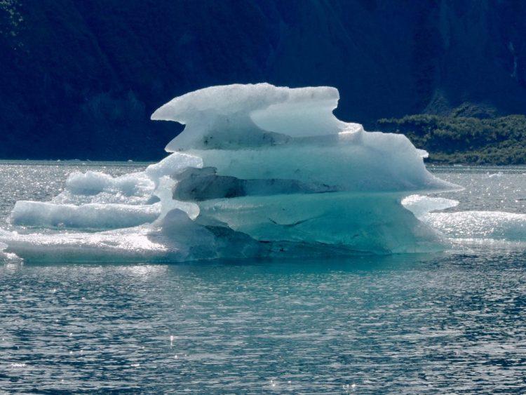 Yet another iceberg