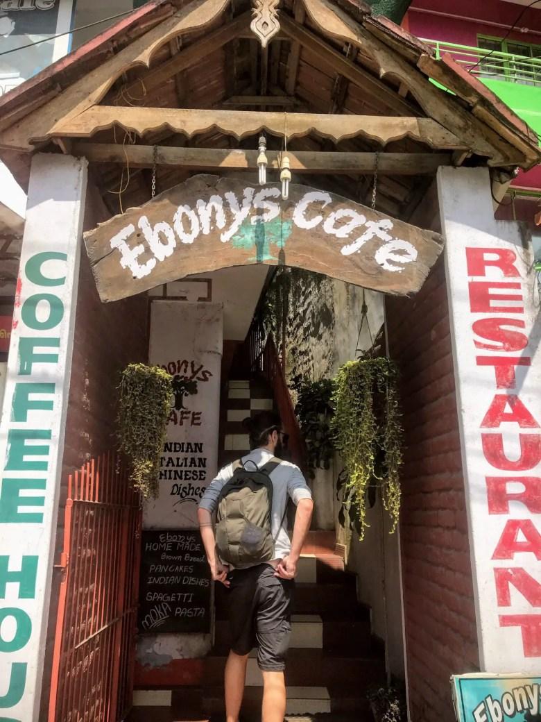 Ebony's Cafe, Kumily