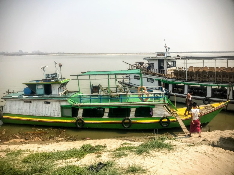 Boats that go from Mandalay to Mingun, Myanmar
