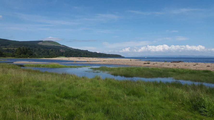 A picture of one of the beaches in the isle of Arran