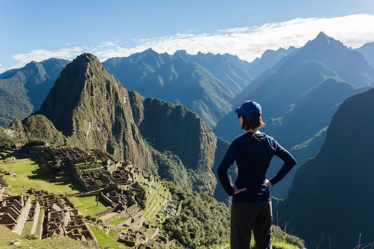 A girl looking over Machu Picchu in Cuzco