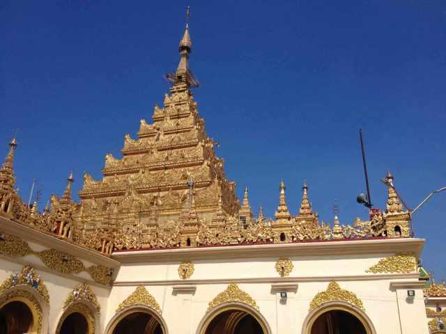 Der Mahamuna Tempel in Mandalay