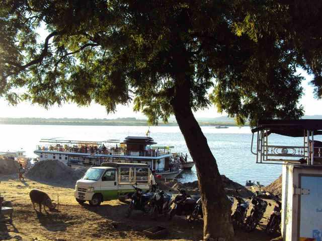 Das Irrawaddy Ufer in Mandalay