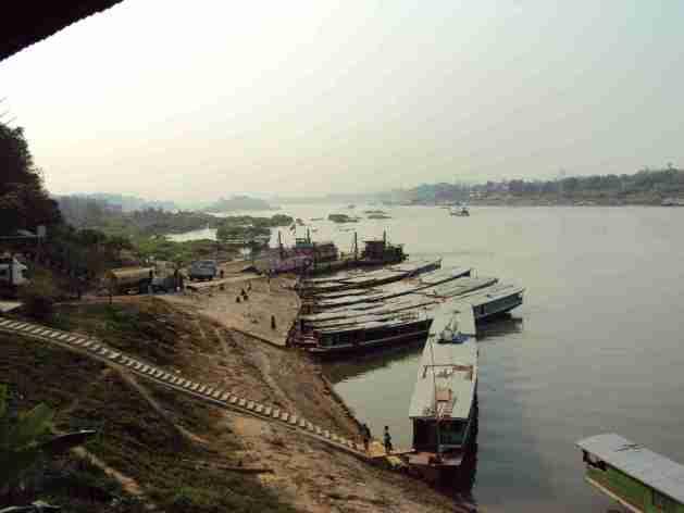 Schiffe am Mekong