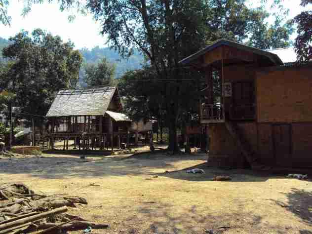 Hütten im Niemandsland