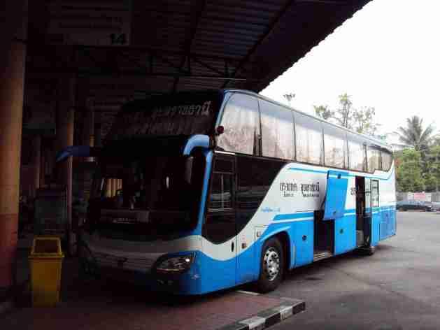 Bus nach Bangkok