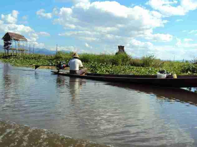 Fischerboote auf den Kanälen
