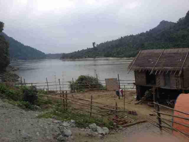 Hütten am Irrawaddy