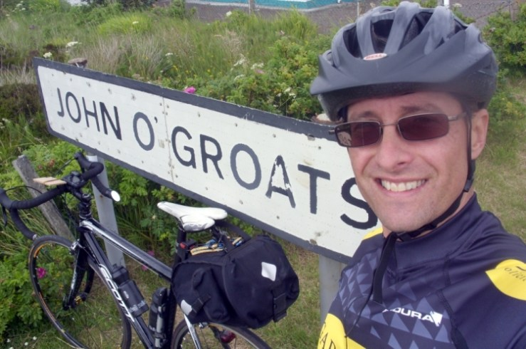 Bike and me at John O'Groats town sign - Lands End to John O'Groats - My End to End