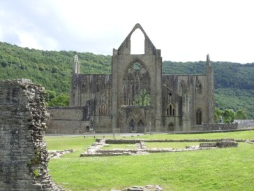 Image - Tintern Abbey 2 Day Five for Lands End to John O'Groats - My End to End