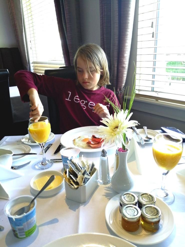 Pitbauchlie Hotel Breakfast