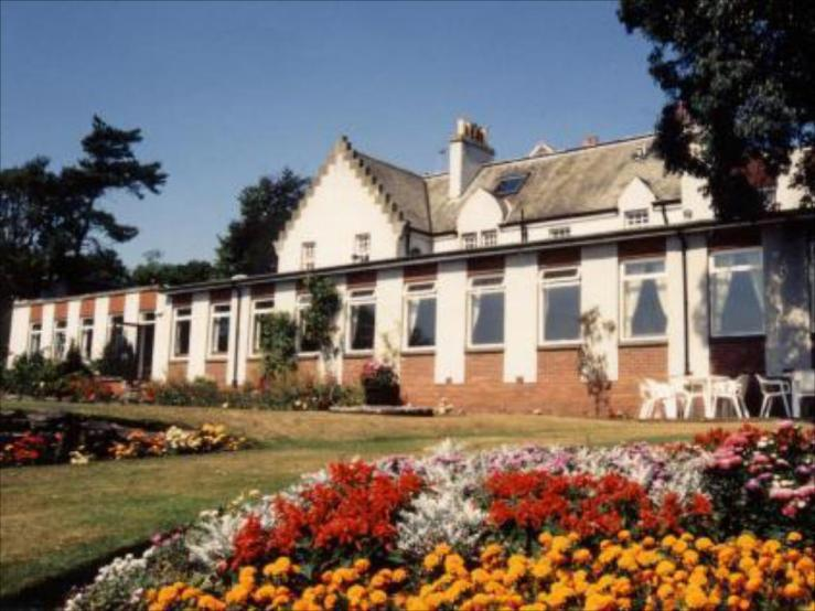 Pitbauchlie Hotel Exterior