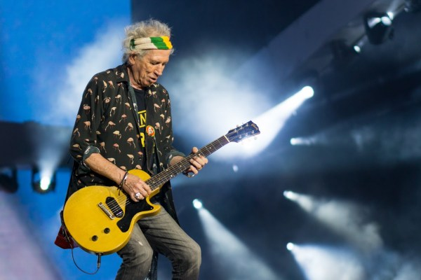 Rolling Stones Keith Richards rushed to hospital.