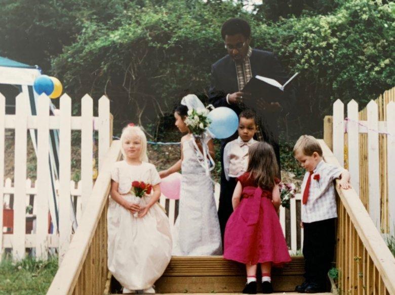 Recuerda fotos de su boda en el kinder; contacta a la 'esposa' 16 ...