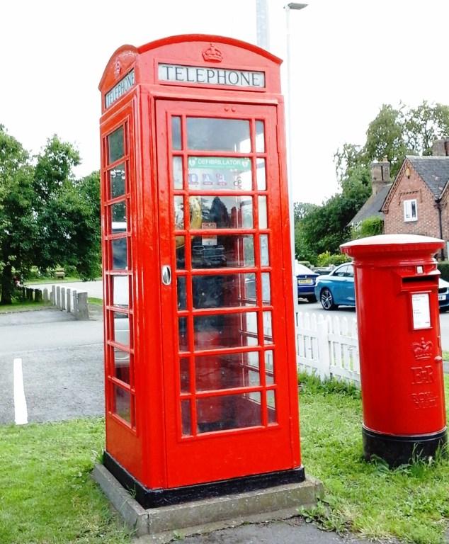 Defib in phone box Kiosk