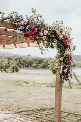 Ceremony_Floral_Installation_Wildflowers_Poppies_Spring_Wedding_Chattanooga_Wedding_Flowers_Lang_Floral_Designs_4
