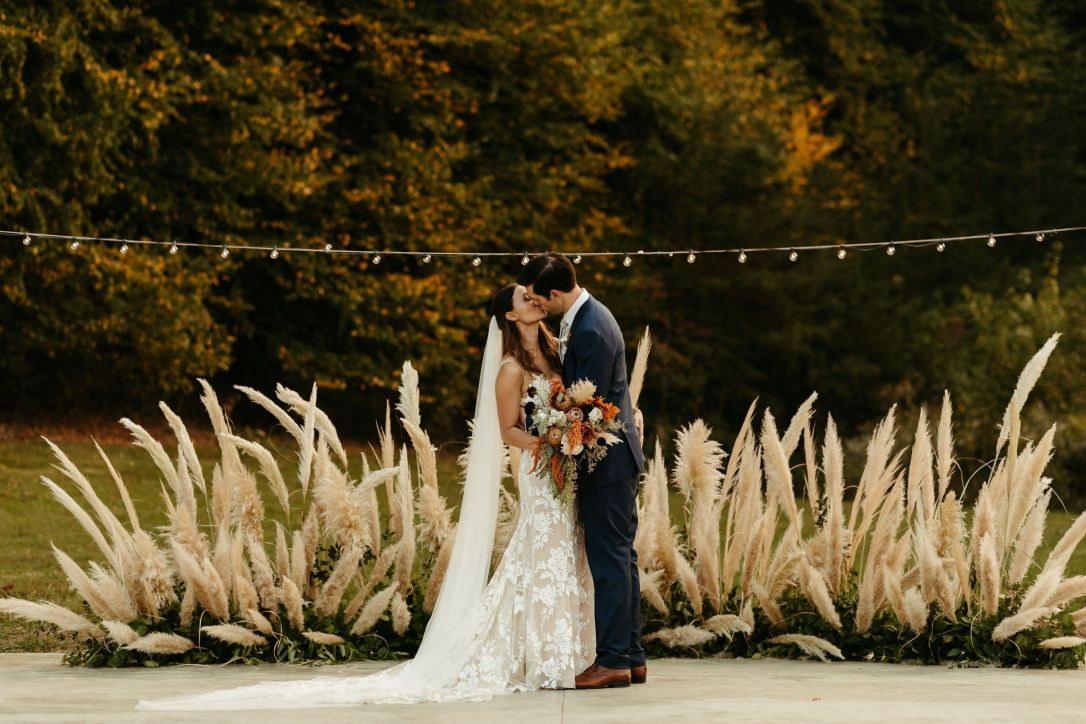 Boho_Glamping_Wedding_Pampas_Grass_Crescent_Installation_Pigeon_Forge_Wedding_Under_Canvas_Smokey_Mountains_Chattanooga_Wedding_Flowers_Lang_Floral_Designs_8