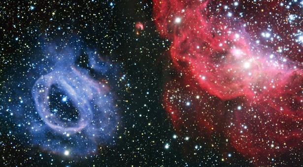 """Dua """"awan"""" yang ada di galaksi katai Awan Magellan Besar. Kredit: ESO."""