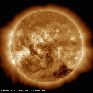 Wajah Matahari 11 Mei 2014. Kredit: SDO/NASA