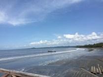 Pantai di Maba. Kredit: Avivah Yamani