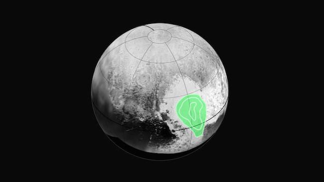 Tampak kontur di daerah hati Pluto aka Tombaugh Regio yang menunjukkan kelimpahan es karbon monoksida yang meningkat ke arah tengah kontur. Kredit:  NASA/JHUAPL/SWRI