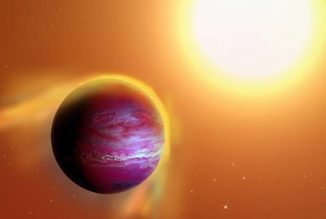 Ilustrasi planet Jupiter panas PTFO8-8695 b yang selubungnya hancur oleh bintang. Kredit: A. Passwaters/ Universitas Rice