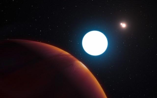 Gambar ini mengilustrasikan planet HD 131399ab yang terletak sangat jauh. Planet yang baru ditemukan ini mengelilingi sebuah bintang anggota sistem bintang tripel, yang berarti di langit kadang-kadang ada tiga matahari. Kredit: UNAWE.