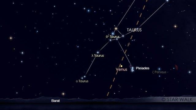 Venus dan gugus bintang Pleiades berpasangan di langit senja setelah MAtahari terbenam pada tanggal 24 April pukul 18:30 WIB. Kredit: Star Walk
